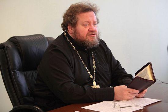 Протојереј Олег Стењајев