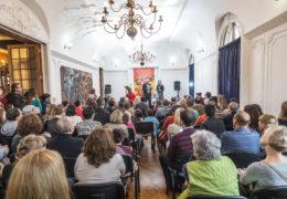 Celebrando el Día de la Victoria en Santiago de Chile