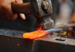 Железо не куют как попало