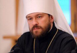 Митрополит Иларион рассказал о зарплатах священников
