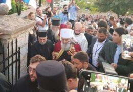 Више хиљада људи свечано дочекало Патријарха Иринеја у Црној Гори