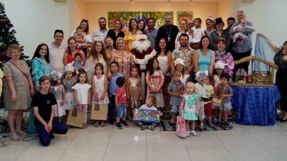 Детский рождественский утренник «Вера в Рождество» в приходе Св. Николая Сербского (Сантьяго, Чили)