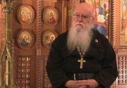 Monje Ortodoxo Prohibido de Facebook Dice que el Internet Es —Un Gran Vehículo para los Esfuerzos del Malvado—