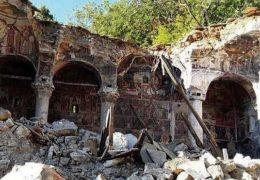 В Албании уничтожаются православные святыни
