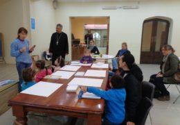 """El taller de arte en el marco del concurso """"La belleza del mundo de Dios"""" se celebró en Santiago de Chile"""