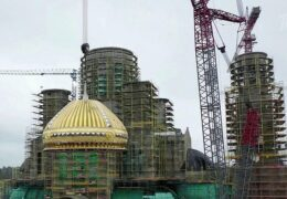 На главном храму оружаних снага Русије подигнута прва купола